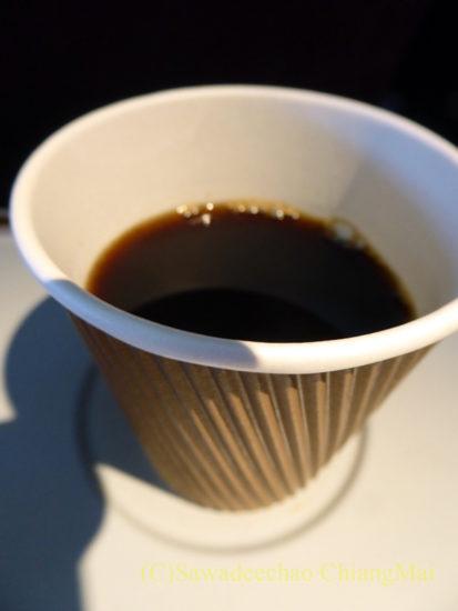 TG105便エコノミークラスで出たコーヒー