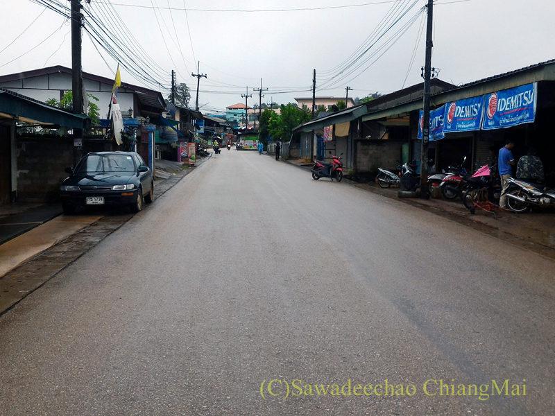 アルノータイの村の中心部