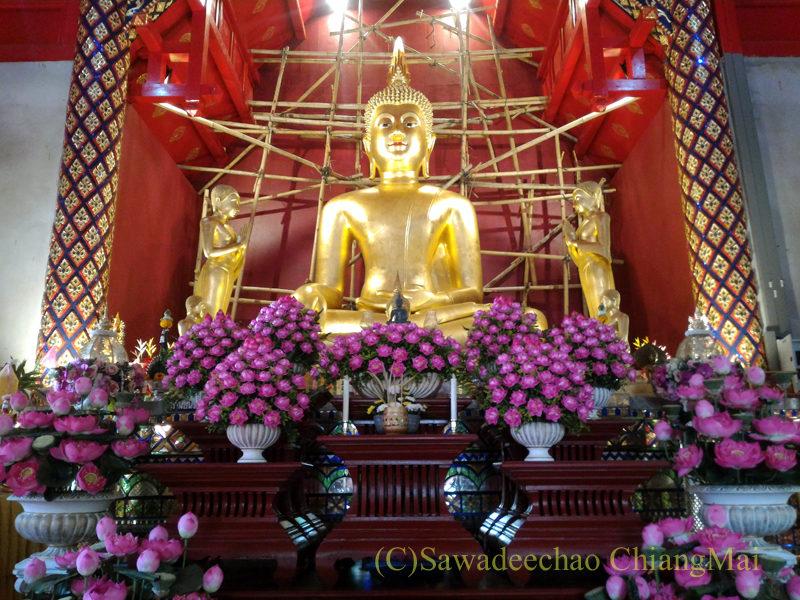 チェンマイで一番美しい仏像