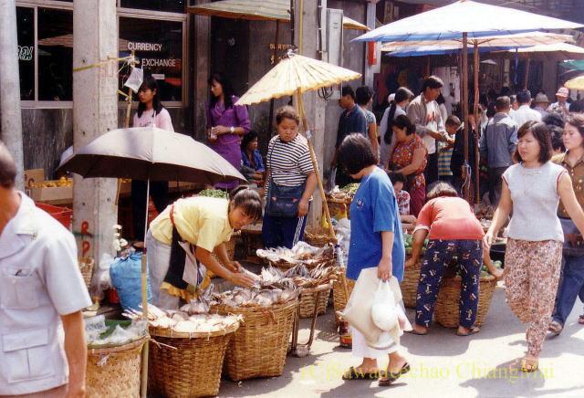1989年のチェンマイのワローロット市場