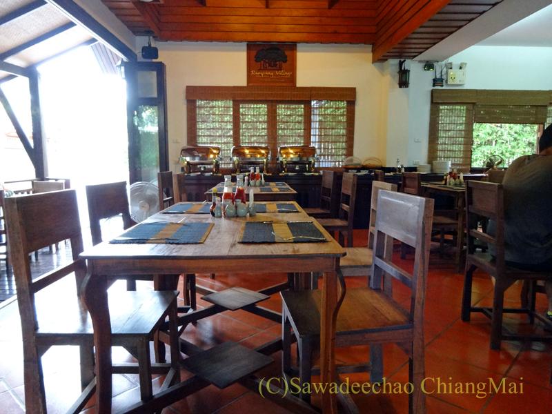 チェンマイのリムピンビレッジホテルのレストラン