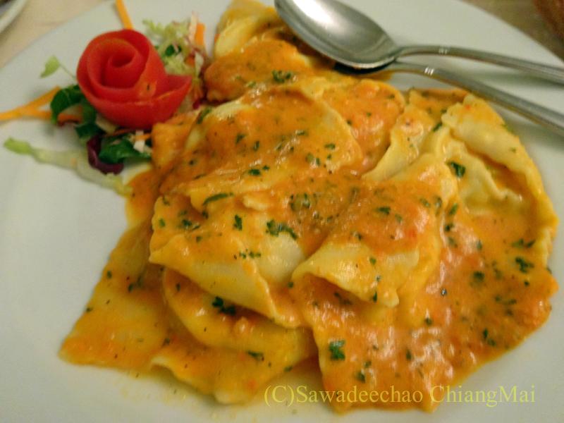 チェンマイのイタリア料理レストラン、ダ・アントニオのラビオリ