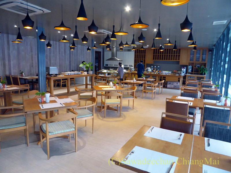 タイ北部、ピサヌロークにあるザ・パークホテルのレストラン