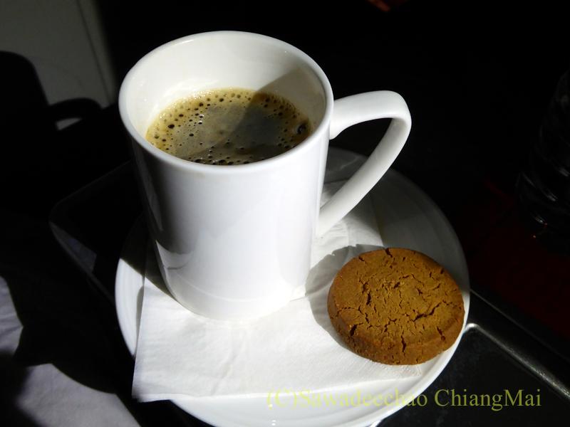 マレーシア航空MH71便のビジネスクラスで出たコーヒー