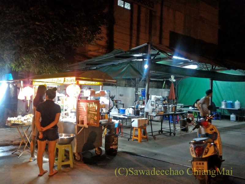チェンマイ市内北東部に出る豆乳屋台概観