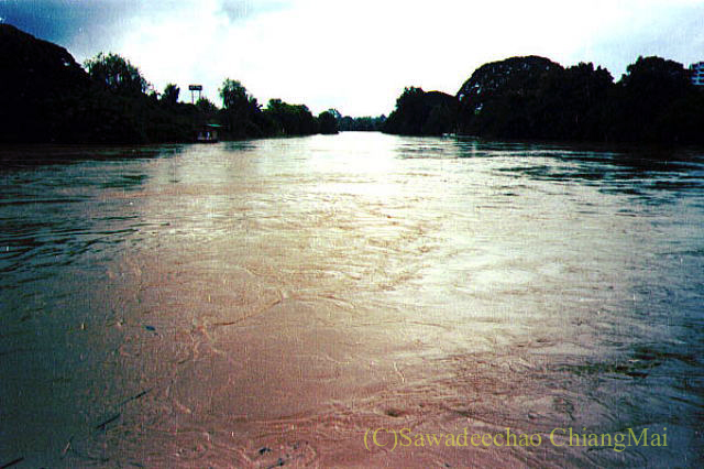1994年の大洪水の時のチェンマイのピン川