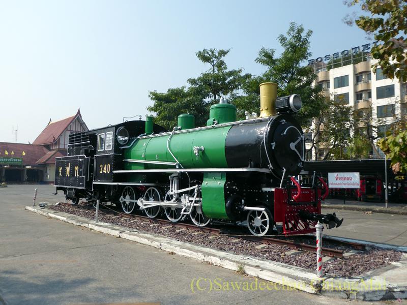 タイ国鉄チェンマイ駅の蒸気機関車
