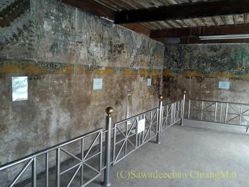 チェンマイ郊外にあるワット・ノーングアックの壁画概観