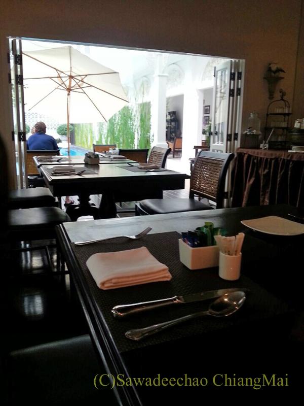 チェンマイにあるピンナカラブティックホテル&スパのレストラン