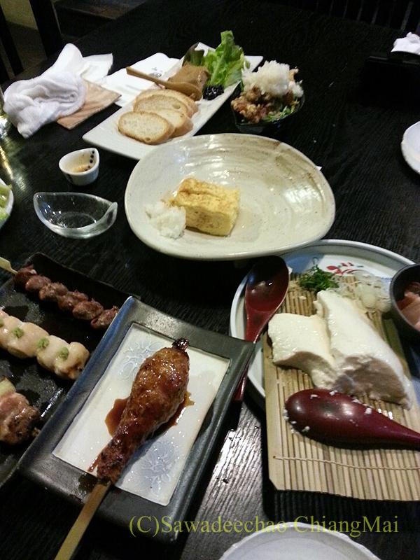 バンコクにある和食居酒屋「みつもり」の料理全景