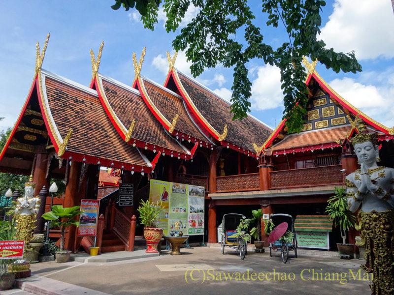 唯一存命のクルーバーがいるチェンマイの寺院ワットシードーンムーンの博物館