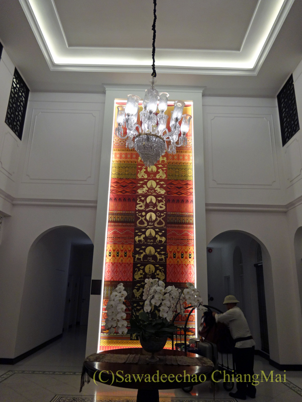 チェンマイにあるピンナカラブティックホテル&スパのロビー