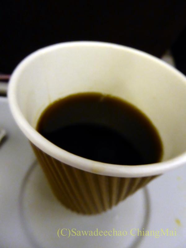 タイ国際航空TG121便エコノミークラスで出たコーヒー