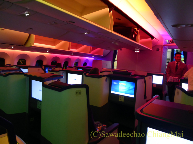 ANA全日空NH877便のビジネスクラスのキャビン