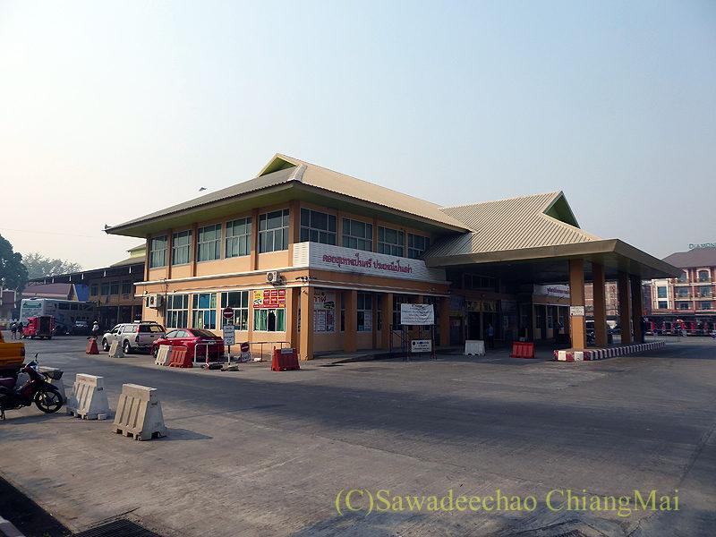 チェンマイにある新アーケードバスターミナルの外観