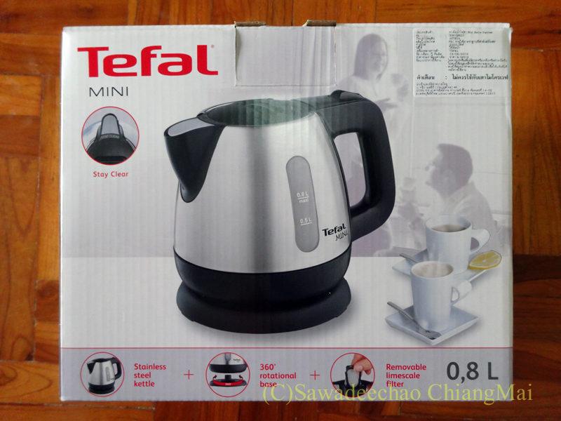 チェンマイで購入したティファール社の電気ケトルの外箱の表