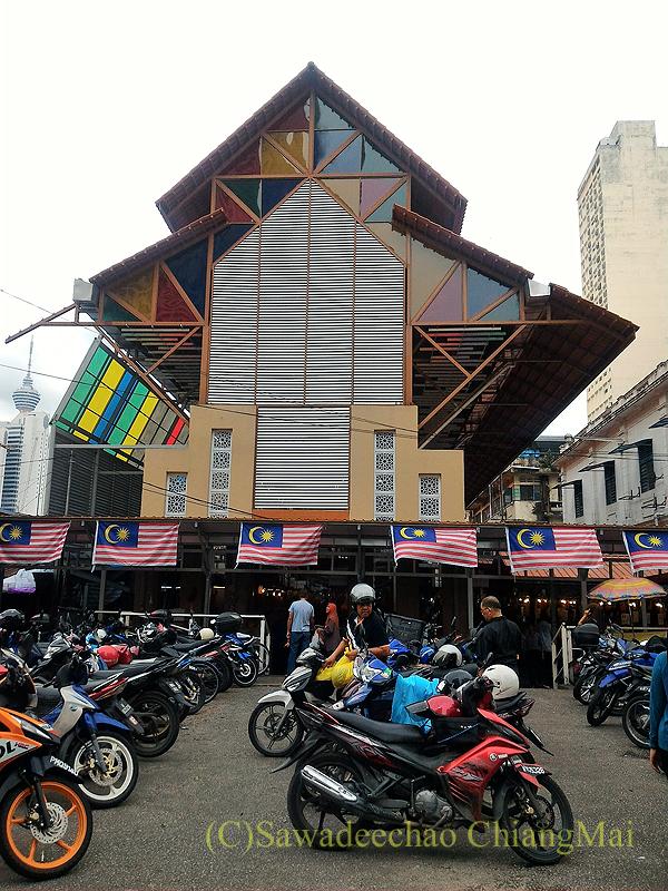マレーシアのクアラルンプールにあるチョウキット市場の外観