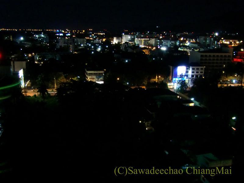 チェンマイの夜景がきれいなパブレストラン、ザナドゥーからの夜景