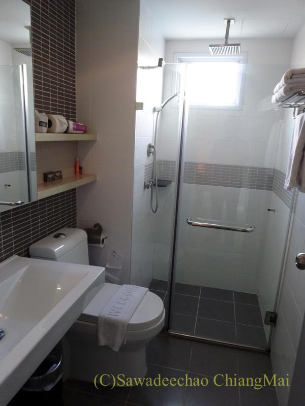 バンコクのホテル、アットマインドエグゼクティブスイーツのバスルーム