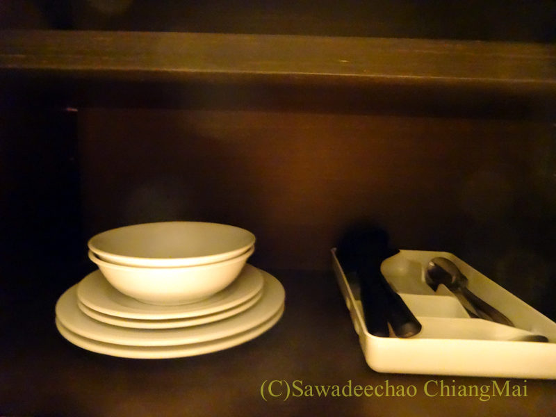 バンコクにあるジャスミンリゾートホテルの食器