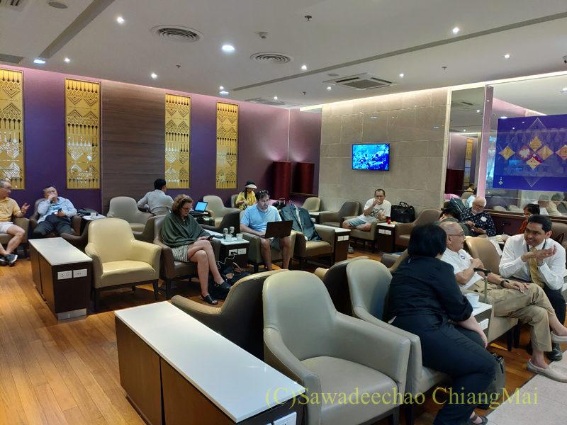 チェンマイ空港国際線ターミナルTGラウンジの奥のエリア