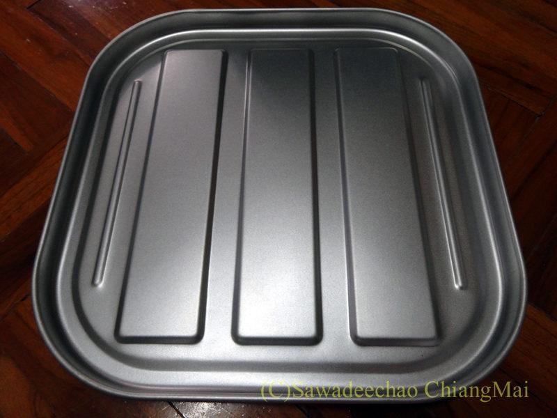 チェンマイで購入したオーブントースターの皿