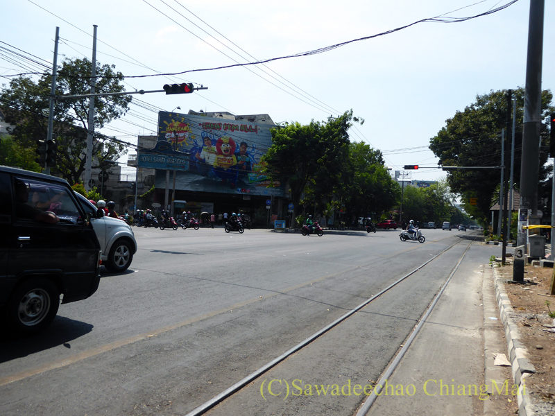 インドネシアのソロ(スラカルタ)の街の大通り