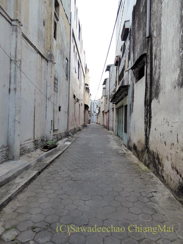 インドネシアのソロ(スラカルタ)の街の路地
