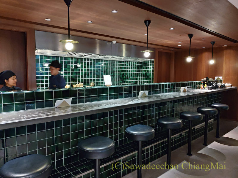 スワンナプーム空港キャセイパシフィック航空ラウンジの麺コーナー