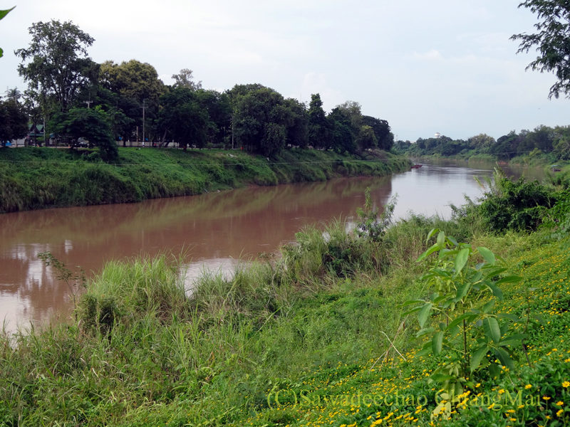 タイのピサヌロークにあるヨディアヘリテージホテルから見たナーン川