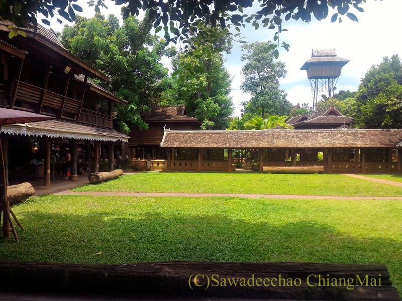 チェンマイの遺跡レストラン、ローンカーオラムの概観