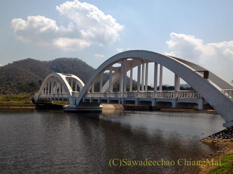 タイ国鉄最古の鉄橋のひとつ、ホワイトブリッジ