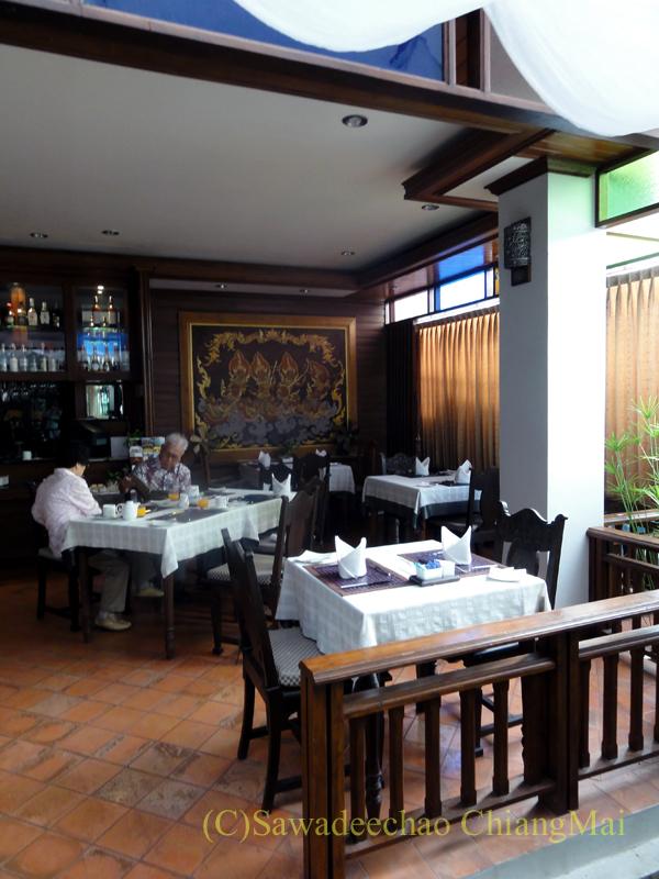 チェンマイのビラシリラーンナーホテルのレストラン