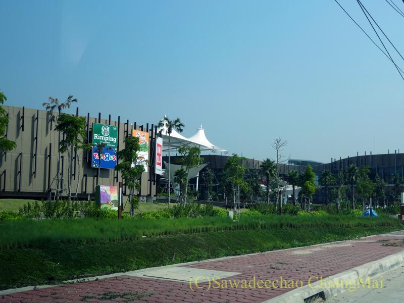 チェンマイのショッピングセンター、プロムナーダリゾートモールの外観