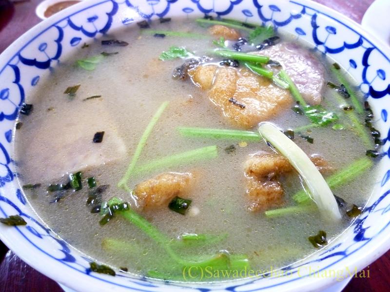 チェンマイの潮州(中華)料理レストラン、ヨートアロイのトムチュートプラートート