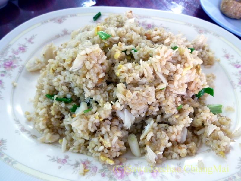 チェンマイの潮州(中華)料理レストラン、ヨートアロイのカーオパットプー