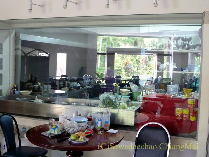 チェンマイの潮州(中華)料理レストラン、ヨートアロイのキッチン