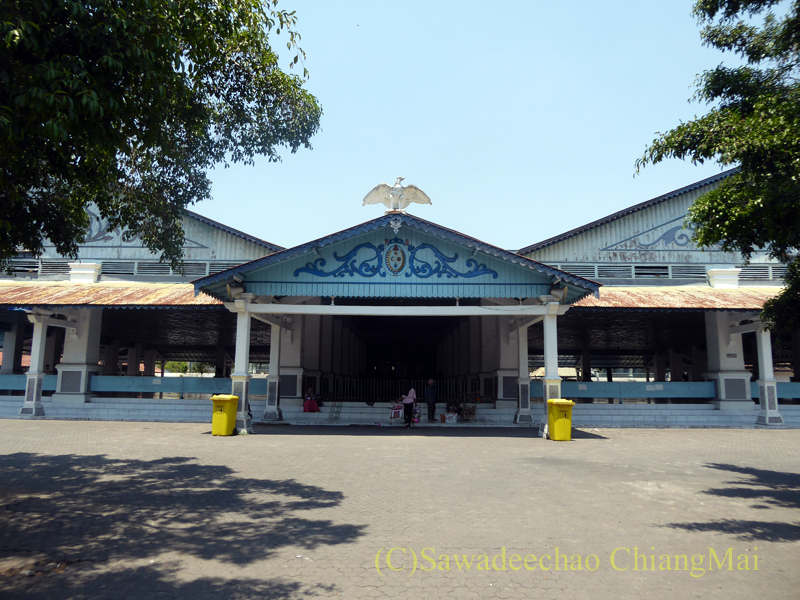 インドネシアのソロ(スラカルタ)のカスナナン王宮のバルコニー