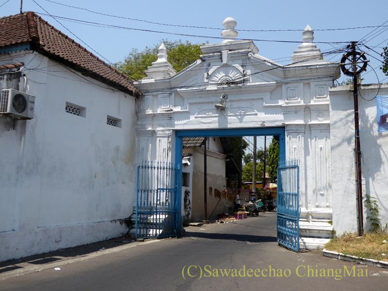 インドネシアのソロ(スラカルタ)のカスナナン王宮入口