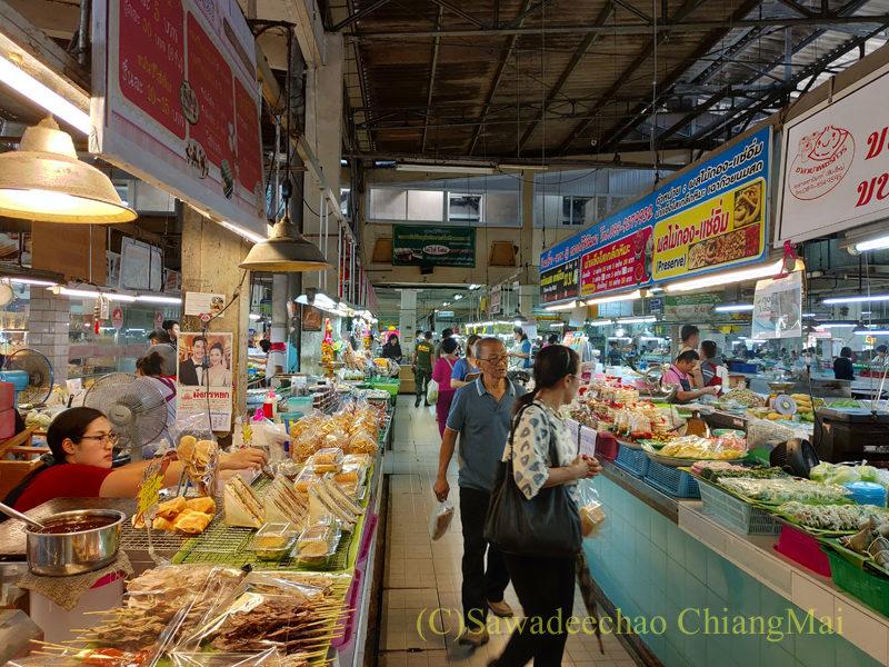 チェンマイ市内北部にあるタニン市場