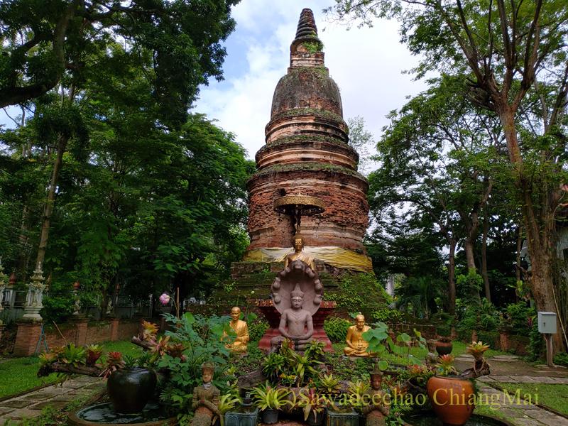 チェンマイ市内にある廃寺ワットパンサオの仏塔
