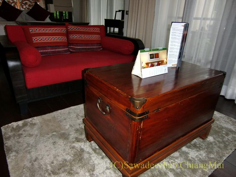 チェンマイの高級ブティックホテル、ボディセリーンのソファ