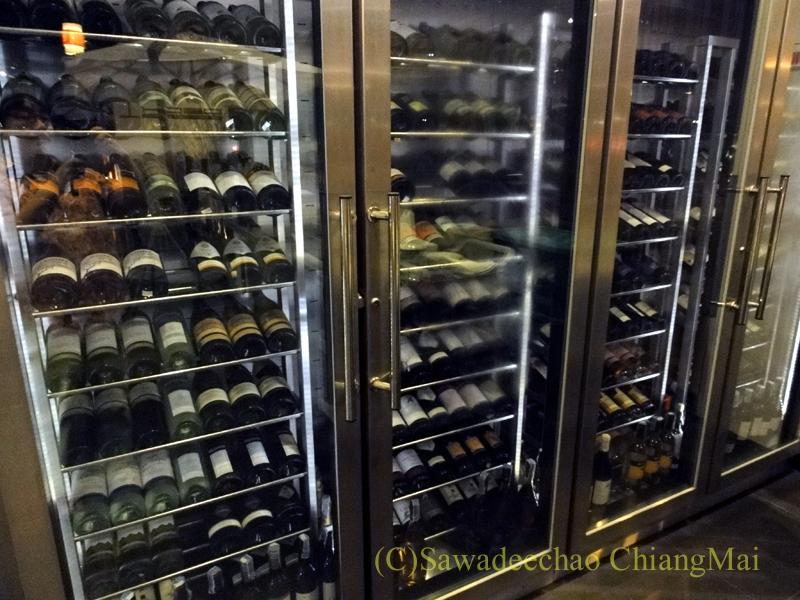チェンマイのフュージョン料理レストラン、Deck1のワインセラー