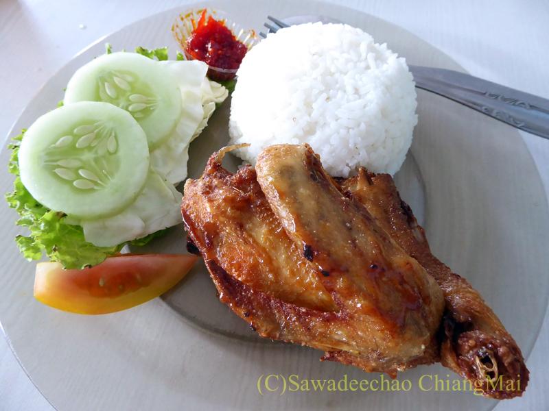インドネシア、ソロで食べたアヤムゴレン