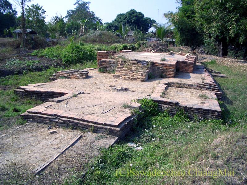 チェンマイ郊外ある都市の遺跡群、ウィアン・ターカーンのワットノーイ