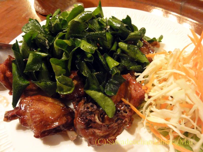 チェンマイの高級北タイ料理レストラン、ルアンカムインのガイバーンルアンカムイン