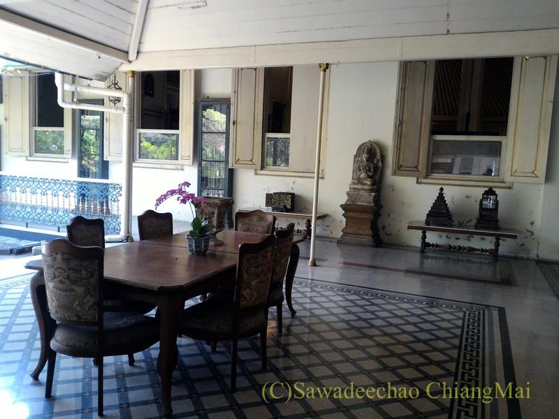 インドネシア、ソロ(スラカルタ)のマンクネガラン王宮の博物館の展示物
