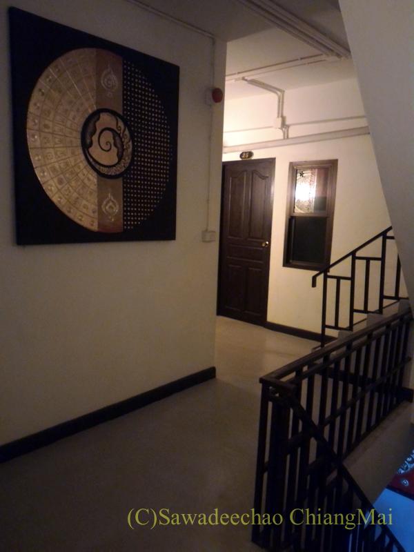 タイのメーサーイにある中級ホテル、バーンゴーンカムのホール