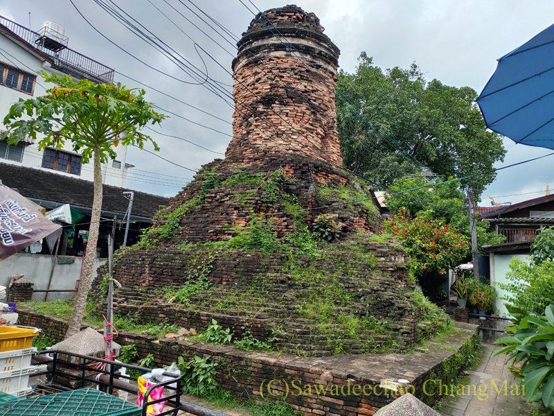 チェンマイの旧市街にある廃寺、ワットフォーンソーイ