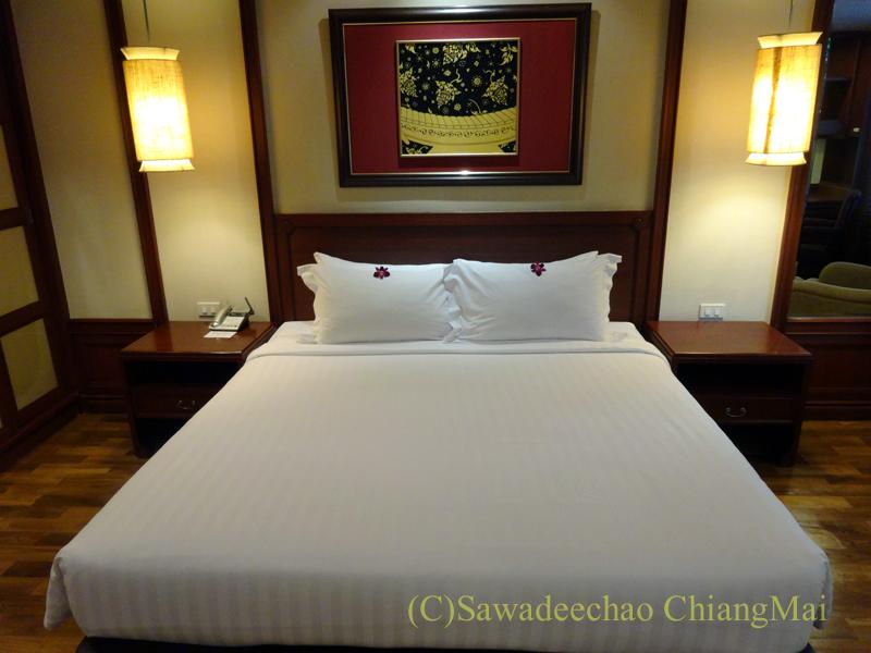バンコクのホテル、センターポイントスクムビットトンローのベッド